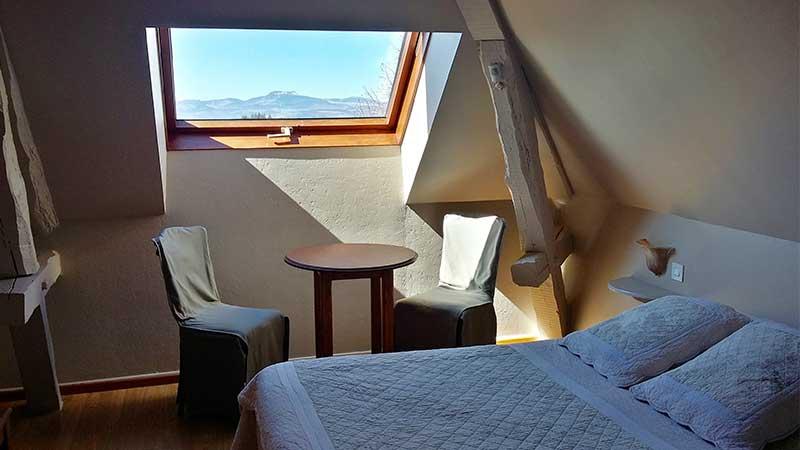 hotel-domaine-rilhac-ardeche-chambre double-vue sur le domaine de rilhac-3